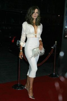 Kate Beckinsale attends the 'Underworld' LA Premiere on September 15, 2003.