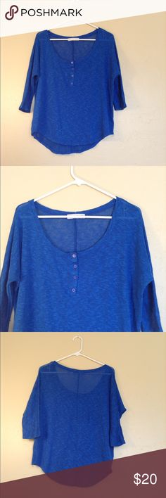 ❤️Anthropologie Staring at Star Knit Top❤️ Excellent condition! Size medium. Knit top, with 3/4 sleeve, in blue. Anthropologie Tops Tees - Long Sleeve