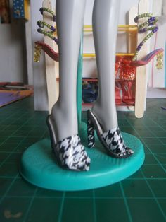 houndstooth stiletto