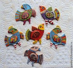 """Fair Masters - handmade Ceramic Brooch """"The Birds"""". Ceramic Birds, Ceramic Animals, Ceramic Art, Clay Projects, Clay Crafts, Hobbies And Crafts, Arts And Crafts, Polymer Clay Kunst, Bird Ornaments"""