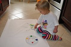 Finger painting on butcher paper, Alphabet learning, sensory exploration Gross Motor Activities, Sensory Activities, Preschool Activities, Projects For Kids, Easy Crafts, Crafts For Kids, Summer Ideas, Fun Ideas, Butcher Paper