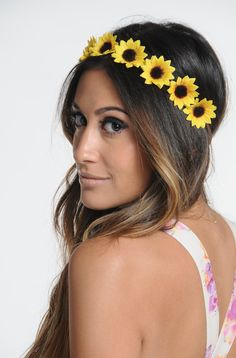 This sunflower headband from Etsy is a festival classic | http://www.hercampus.com/style/13-must-have-hair-accessories-coachella