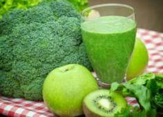 3 Jugos verdes para quemar grasa naturalmente ¡Buenísimos! With traditional jugo verde recipe.