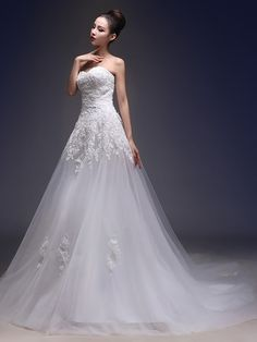 A-line Wedding Dress Vintage Inspired Chapel Train Sweetheart Lace Tulle with Appliques - USD $129.99 ! HOT Product! A hot product at an incredible low price is now on sale! Come check it out along with other items like this. Get great discounts, earn Rewards and much more each time you shop with us!