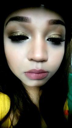 Beautiful golden eyes