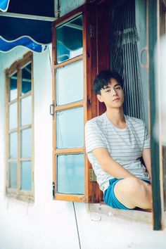 Handsome Korean Actors, Handsome Boys, Asian Boys, Asian Men, China Movie, Good Morning Call, Song Wei Long, Chines Drama, A Love So Beautiful