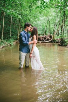 Fun, Dreamy Engagement Shoot | High Five for Love Photography | Bridal Musings Wedding Blog 1721