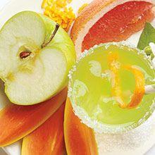 """Kesätuoksu! """"Summer Cooler"""" Kupliva sekoitus greippiä ja vihreää omenaa virkistää aisteja helteelläkin."""