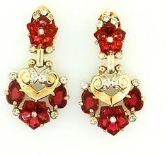 Vtg-Philippe-TRIFARI-Ruby-FRUIT-SALAD-Carved-Glass-Flower-Rhinestone-EARRINGS