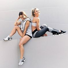 Friends who MOVE together, stay together! Who is your BFF? (Best Fit Friend) Tag… - Tap the pin if you love super heroes too! Cause guess what? you will LOVE these super hero fitness shirts Best Cardio Workout, Fun Workouts, Tennis Workout, Fitness Photography, Lifestyle Photography, Group Photography, Group Fitness, Fitness Tips, Fitness Friends