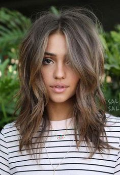 50 Best Medium Length Hairstyles for Thin (& Extremely Fine) Hair