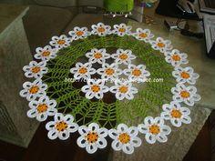 Centro de mesa croche de florzinhas