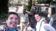Rubén, Godwin (guía de Udare Safari), Bruno (conductor de Udare Safari) y Marta. Septiembre 2015