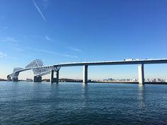 #tokyo #tokyogatebridge #sunshine #team_jp #landscapelovers #landscape #today #japan #iphonesia #iphonejapan #sea (by tokyostreetview)