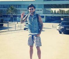 Daniel Alves, the fashionista Selection Daniel Alves, The Selection, Ideias Fashion, Hipster, Football, Denim, Jackets, Style, Soccer