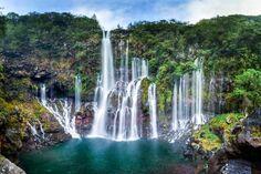 Cascade de Grand Galet à La Réunion : Les chutes d'eau les plus spectaculaires du monde - Linternaute.com Voyager