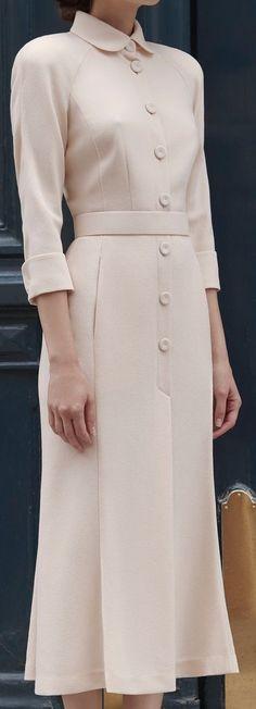Elegant  | ❤️Re-pinned by ❤️#savoirclaire #weddingofficiant ❤️ | Overall, Elegant Dresses, Vintage Dresses, Vintage Outfits, Pretty Outfits, Beautiful Outfits, Modest Fashion, Fashion Dresses, Mantel