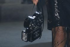 Chanel-Metiers-d'Art-Pre-Fall-2016-Runway-Bag-Collection-3