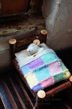 Sweet Dreams Little Mice in Pastels Blanket    por feltingdreams