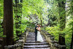 Bruiloft in het sprookjesbos van de Efteling #bruidsfotograaf #bruidsfotografie Dario Endara