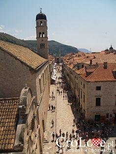 Stradun - główna ulica Starego Miasta w Dubrowniku    http://CroLove.pl/stare-miasto-w-Dubrowniku    #Dubrovnik #Dubrownik #DubrovnikOldTown #Chorwacja #Croatia #Hrvatska