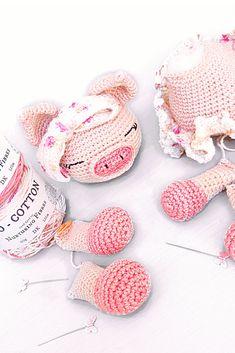 Making body parts for my Daisy Mae, beautiful pattern by Little Aqua Girl! Crochet Pig, Daisy Mae, Amigurumi Toys, Crochet Designs, Body Parts, Beautiful Patterns, Baby Shoes, Aqua, Kids