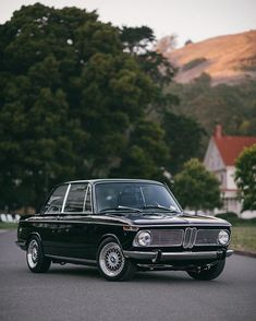 Classic Car of the Day: BMW 2002 Credit (photo) & (owner) Congratulations! Retro Cars, Vintage Cars, Vintage Auto, Bmw 2002, Bmw Classic Cars, Bmw Cars, Sport Cars, Cool Cars, Dream Cars