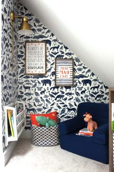 Kids Reading Nook using removable wallpaper, kid room decor, playroom decor… - Home Decor Ideas Childrens Reading Corner, Reading Nook Kids, Kids Reading Corners, Reading Den, Mini Reading, Children Reading, Kids Corner, Baby Boy Nursery Room Ideas, Boy Room