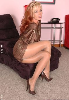 Is Great Pantyhose Seducer Izzy 8