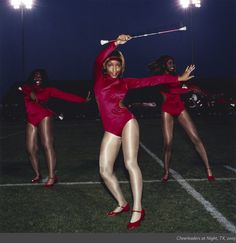 Amy Arbus, Cheerleaders_at_Night2005.jpg