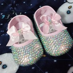 Cheap shoe shelf, Buy Quality shoe lift directly from China shoes 48 Suppliers:  Cute Baby Shoes, Baby Girl Shoes, Girls Shoes, Bling Bling, Bling Shoes, Baby Pearls, Childrens Shoes, Baby Boutique, Baby Girl Fashion