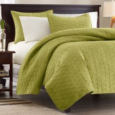 Perfect bedding for a gender neutral and earthy room