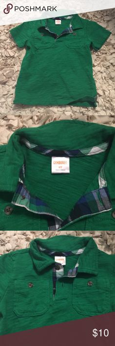 Gymboree 3T boys green polo short sleeve shirt Gymboree boys 3T green polo. Checkered lined color and two button seem, two chest pockets each side, short sleeve, 100% cotton. SUPER soft!! Great condition, like new!! Gymboree Shirts & Tops Polos