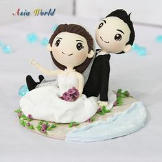 Hey, I found this really awesome Etsy listing at https://www.etsy.com/listing/159606941/wedding-cake-topper-wedding-clay-couple