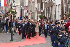 Koning Willem-Alexander en Koningin Máxima vereerden Hoorn vrijdag 14 juni 2013 met een bezoek. Dit in het kader van hun tour langs alle provincies. In Hoorn staat hen een warm welkom te wachten, met als rode draad aandacht voor Hoorns talent, van vroeger en van nu.   Het koninklijk paar arriveert om circa 14.45 uur op het Grote Oost in Hoorn. Bij aankomst zullen alle klokken in de Hoornse binnenstad beieren en loopt het Koningspaar naar de Roode Steen. Tijdens de wandeling op het Grote…