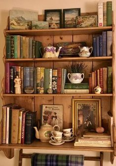 Home Decor Entryway Assorted items could be interspersed miniature bookcase to reduce number of book. Decor Entryway Assorted items could be interspersed miniature bookcase to reduce number of book.