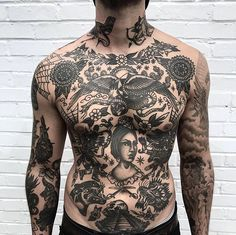Search inspiration for an Old School tattoo. Torso Tattoos, Boy Tattoos, Head Tattoos, Black Tattoos, Sleeve Tattoos, Tattoo Boy, Traditional Tattoo Torso, Traditional Tattoo Old School, Full Chest Tattoos