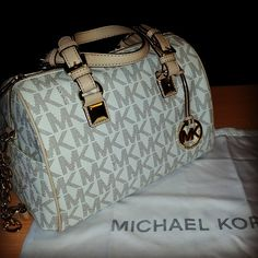 Michael Kors Handbags #Michael #Kors #Handbags 2015