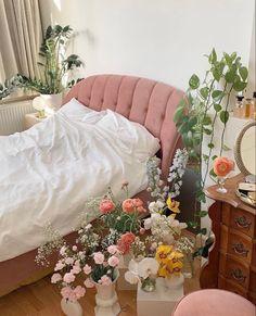 Room Ideas Bedroom, Bedroom Decor, Bedroom Inspo, Aesthetic Room Decor, Dream Rooms, My New Room, Home Interior, Interior Livingroom, Interior Colors