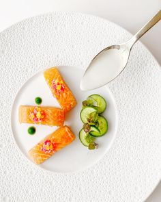 Michelin Star Food, Pickled Radishes, Kaffir Lime, Best Appetizers, Plated Desserts, Food Presentation, Food Plating, Fine Dining, Cooking