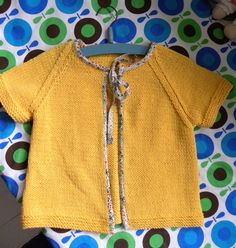Knitted vest of the book Home made Strik Sy Haekl.