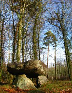 Le dolmen du Roh Du - La Chapelle-Neuve (56) France