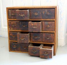 Hardware Parts 16 Drawer Cabinet