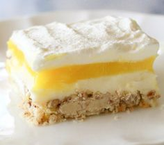 Lemon Lush - Talk about the perfect spring dessert recipe! Drool.