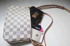 Tutta Aleksandra what's in my Louis Vuitton Pochette NM
