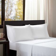 Shop for Intelligent Design Microfiber All Season Wrinkle-Free Bed Sheet Set. Get free delivery On EVERYTHING* Overstock - Your Online Bedding Basics Store! Twin Xl Sheet Sets, Twin Sheets, King Sheet Sets, Flat Sheets, Bed Sheets, Intelligent Design, Bedding Basics, Queen, 1 Piece