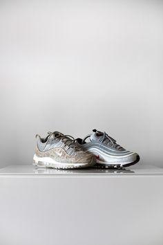 d61263725488 Nike air max 98 (Supreme Snake Skin) vs Nike air max 97 (Silverbullets)