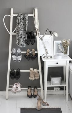 ladder shoe rack - such a cute set up
