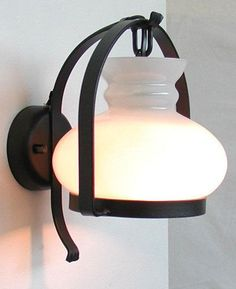 LANTERNA-APPLIQUE-COPPO-IN-FERRO-BATTUTO-LANTERNE-APPLIQUE-LAMPIONE-LAMPADE ...