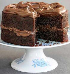 Σοκολατένιο κέικ με αφράτη κρέμα σοκολάτας πανεύκολο | Συνταγές - Sintayes.gr